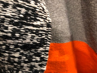 textile-throw rug-black + white-gray + orange@artefacthome